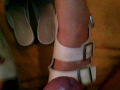 shoejob,cumshot on nurse shoes 2