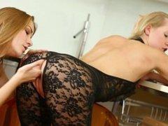 Alexis Crystal, Violette Pink Enjoy Pussy