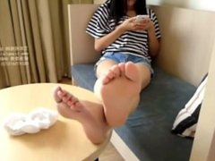 Asian Feet Sock Removal