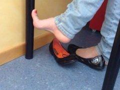 Feet in ballet flats Gf HIGH ARCHED FEET!!!