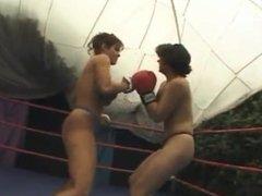 mia vs shannan leigh topless boxing