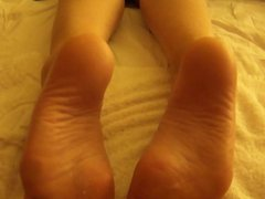 My Girlfriend's FEET takes a LOAD on CUM!