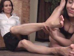 kelly worship beautiful mature feet