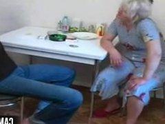Blonde Mom: Free Mature & Russian Porn Video b2
