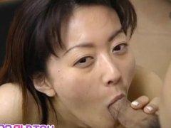 Saki Shiina has hairy cunt measured and sucks