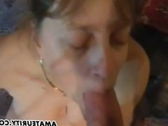 Amateur mom anal fuck with huge cum load on her pussy