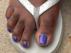 Hood Chick Purple Toenails