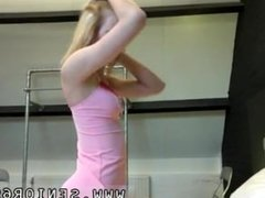 Julie night blowjob first time Alice is horny, but Daniel wants to go to