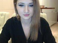 6cam.biz slut aalliyahh flashing boobs on live webcam