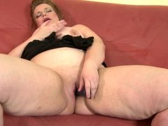 Chubby real mom with hungry vagina