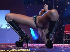 hot lapdance on public sex show stage