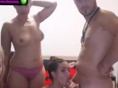 Couple Amateur 3girl 1man on webcam