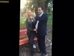 Guy Pays 2 Hookers to Blow Him in Public