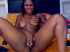 Real Amateur Sexy Ebony Masturbate