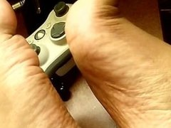 sexy feet while playing xbox360 wow