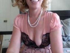 Classy blonde MILF cam show