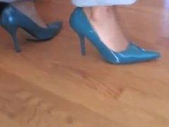 Stinky, Sweaty Ebony MILF Feet