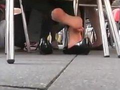 Candid Teen Shoeplay and Feet