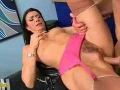 Hot mature lady gives amazing head - Hot Milf Clips