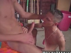Gay hardcore sex videos free buff men Jace and Troy kiss, munch and