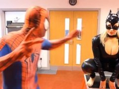 Spiderman vs Catwoman