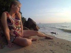 On Public Beach Teen Masturbation Double Crossleg Fingering Solo Fun Ending