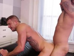 Piss in my hole !!!