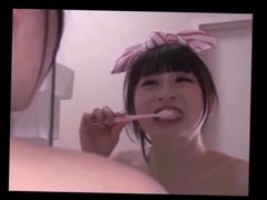 oral hygiene in toilet 3