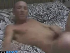 Gorgeous amateur British twink Kelvin Summers in solo action