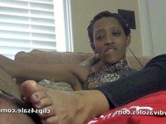 luscious ebony feet in face