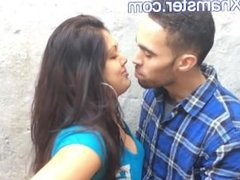 British Indian Couple Kissing - Movies From Arxhamster