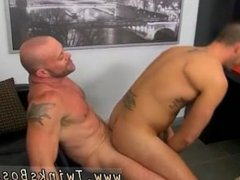 Gay twinks ladyboys emos pissing first time Horny Office Butt Banging