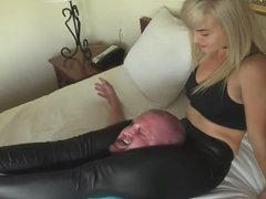 Scissorhold category at clips4ale.com