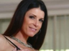 India Summer Busty Milf In Charge
