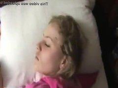 Sleeping GF Wakes Up To Creampie