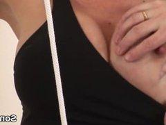 Unfaithful british mature lady sonia flaunts her heavy naturals