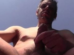 40 SECONDS OF CUM OUTDOORS AND IN PUBLIC - EURO AMATEUR SOLO MALE