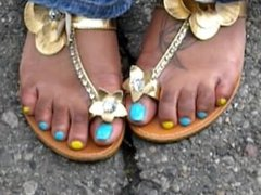 Hood Chick Blue And Yellow Toes