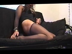 Amateur Goth Shemale Jerks to a Moaning Orgasm