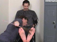 tickle feet gage 3