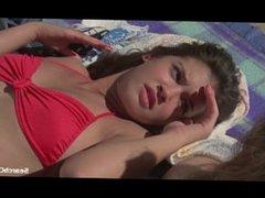 Phoebe Cates, Jennifer Jason Leigh in Fast Times at Ridgemont High (1982)