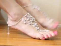 Sexy FEET marabou slippers