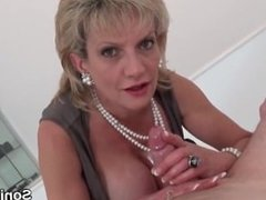 Adulterous english mature gill ellis flashes her giant tits