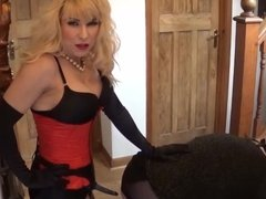 Angelica fucked in the hall by Madame C