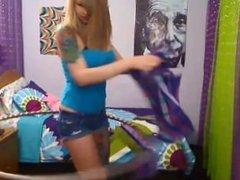 Kinsley Kildare's gold show - webcamhotbabies.com