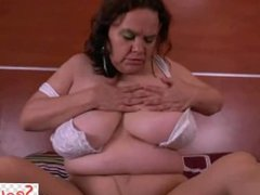 Latina Gilfs Rosaly and Gloria Finger Their Pantyhosed