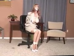 Lorelei secretary tries to escape