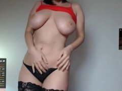 GUY PAYS 12k FOR PRIVATE CAMSHOW-FREE SITE HERE freesexycamgirls.com