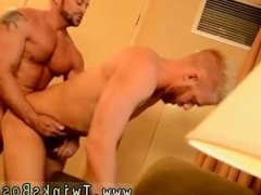 Gay sex video anal back younger boy first time The Boss Gets Some Muscle