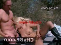 Pussy Licking Outdoor Sex Public Fucking Sex Girl Porn XXX-01